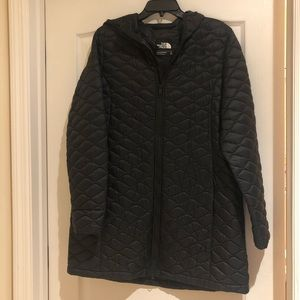 Ladies XL North Face ThermoBall™ Parka in Black